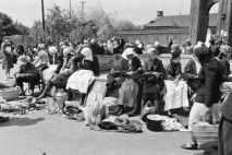 На Галицком базаре, Киев, 1942 г.