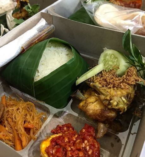 Catering nasi box murah dan enak di Baywalk Pluit