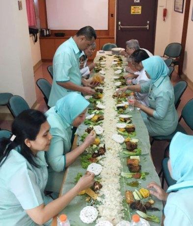 Pesan nasi liwet sunda di Jakarta delivery tanpa repot