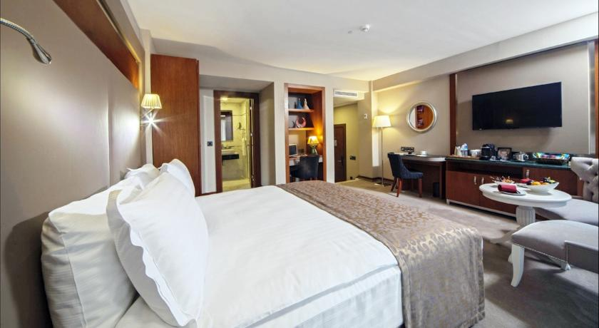 dosso-dossi-hotels-old-city-24414062