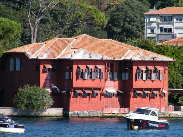 Sadullah Uferhaus
