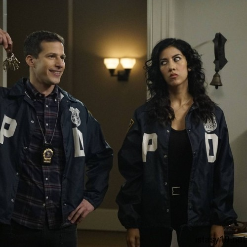 Brooklyn Nine-Nine 4 istasy10net