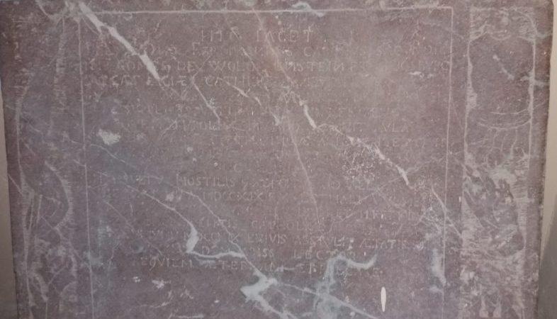 Nella Chiesa Madre di Motta Camastra l'iscrizione funeraria del generale austriaco conte Ferdinando Carlo Wolkenstein