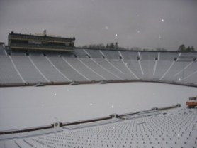 Stadion acoperit de zapada in Anglia