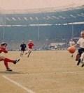 Geoff Hurst in finala Anglia - Germania din 1966
