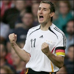 Miroslav Klose, numarul 11 de la Germania