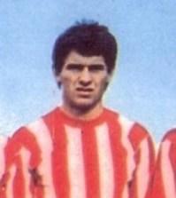 Nikola Jovanovici in tricoul Stelei Rosii din Belgrad
