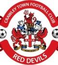 Emblema lui Crawley aproape identica cu cea a lui Man Utd