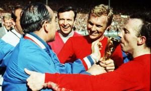 Bobby Moore, Alf Ramsey si ceilalti