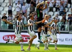 Mirko Vucinic, Alessandro Del Piero and Gianluigi Buffon of Juventus FC celebrate their victory after the Serie A match between Juventus FC v Parma FC