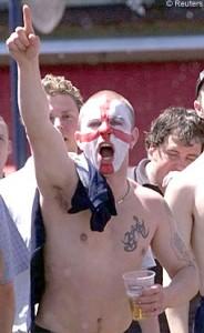 chav-flag-hooligan