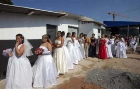 Brazil Mass Wedding