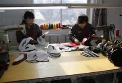 2012-10-30T071215Z_2_CBRE89T0FFW00_RTROPTP_2_KOREA-NORTH-FACTORY