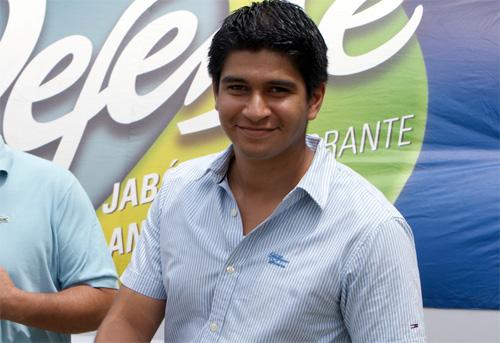 Jaime Estrada. A renunţat la preşedinţie ca să devină jucător