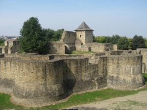Cetatea-Sucevei-300x225.jpg