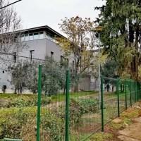 VANDALIZAM U POREČU: TUŠ A. Štifanića ogradio školsko dvorište