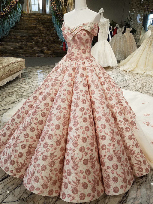 Haute Couture Ball Gown Wedding Dress Off the Shoulder