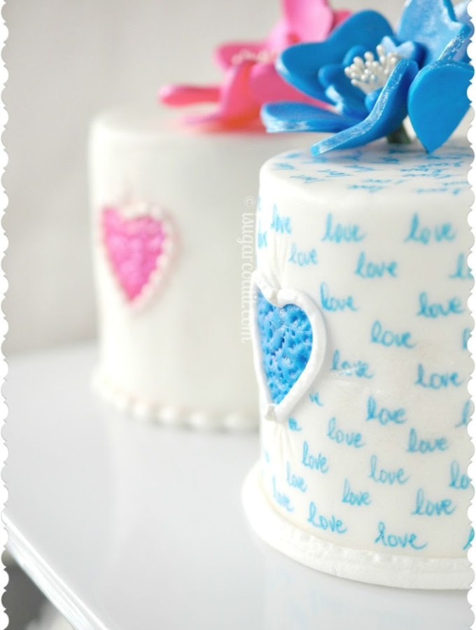 Red Velvet Mini Cakes & How I Met My Love {Abridged}