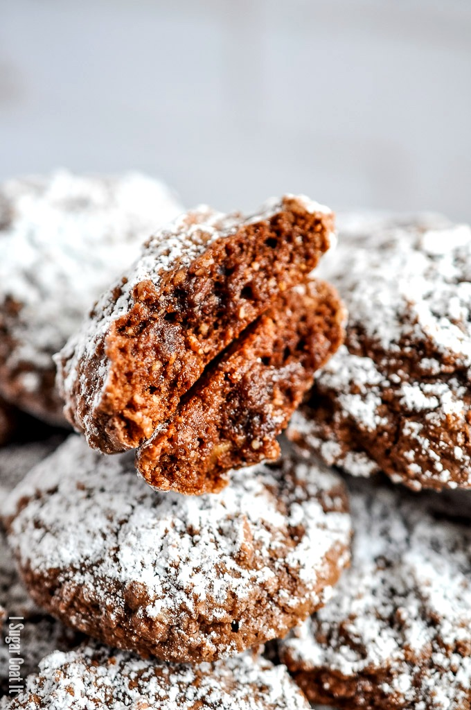 Intensely flavoured, chewy and deliciously simple Chocolate Hazelnut Amaretti Cookies, plus a giveaway for some of my favourite Rodelle ingredients!