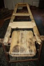 3. Immagini della ristrutturazione di una serie di infissi in castagno con applicazione vetro camera