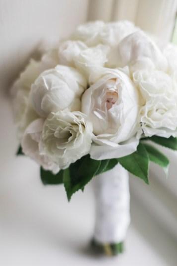 White wedding bouquet - Beautiful simple + elegant outdoor wedding under the Chateau in the garden | itakeyou.co.uk - garden wedding ,outdoor wedding ,blush wedding