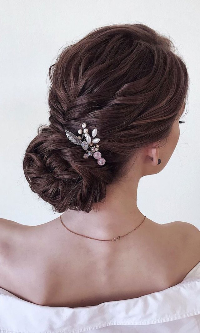 22 elegant wedding hairstyles that are right on trend 1 - i