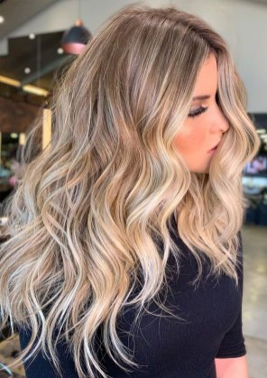 blond balayage highlights, hair color ideas, hair color for over 50s ideas, best hair color 2020, best hair color to look younger, hair color 2019 female, brown hair color, hair color with highlights, brown hair with highlights , balayage hair ideas, balayage root shadow, babylights