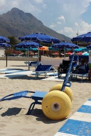 spiaggie-accessibili-carrara