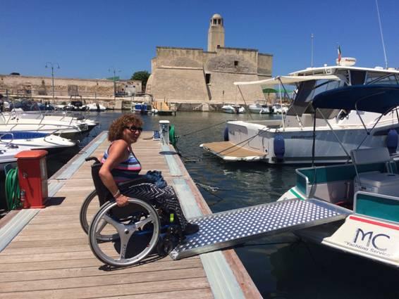 euphoria-barca accessibile-ostuni-marco-carani-nautica