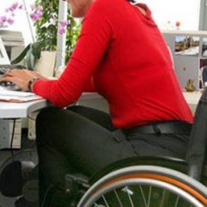 lavoro disabili 300x300 - Milleproroghe: slitta di un anno l'obbligo di assumere disabili