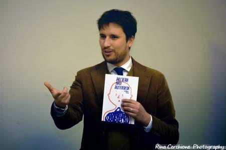 """dott cecere recensione libro 1024x683 - RECENSIONE AL LIBRO """"DALL' ALTRA PARTE DELL' ETICHETTA"""" DEL DOTT. CECERE"""