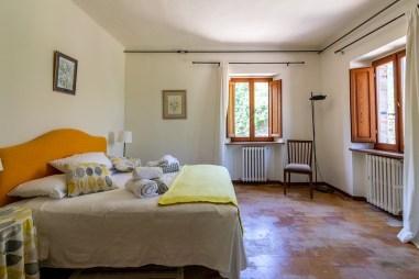 Slaapkamer met 2-persoonsbed