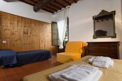Appartement Brunello | Slaapkamer met 2-persoonsed + 1-persoonsbed