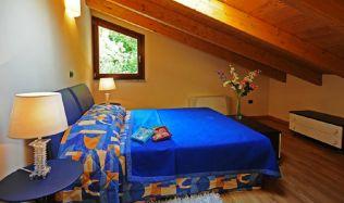 comomeer-Slaapkamer met 2-persoonsbed