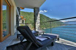 Terras met spectaculair uitzicht op het Comomeer