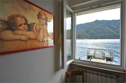 Uitzicht op het Meer van Lugano