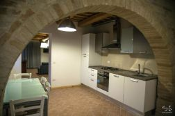 Volledig uitgeruste keuken (appartement benedenverdieping)