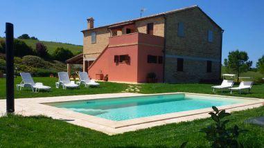 Huis met prive-zwembad
