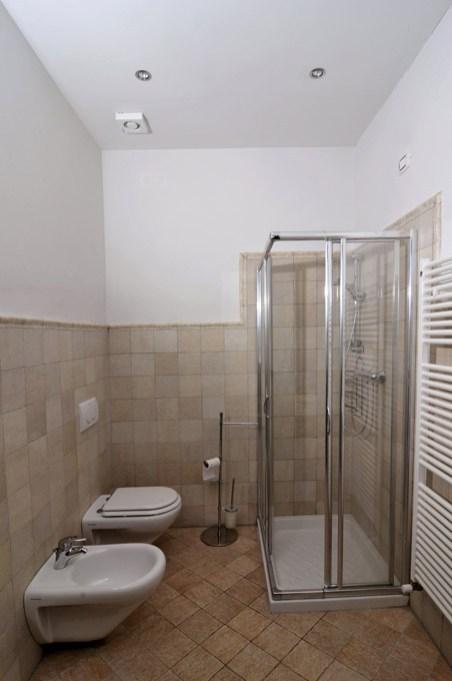 Appartement Barbera | Badkamer met douche