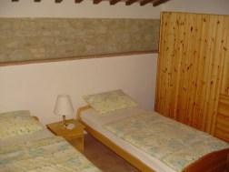 Vakantiehuis Alloro | Slaapkamer 2 met twee 1-persoonsbedden