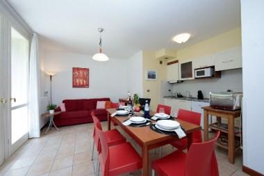 Appartement Dalia 1   Ruime eethoek en open keuken
