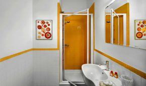 Appartement Figaro   Badkamer 1 met douche