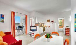 Appartement Figaro | Woonkamer en prive-terras