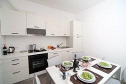 Appartement Edera 4 | Eethoek en volledig uitgeruste open keuken