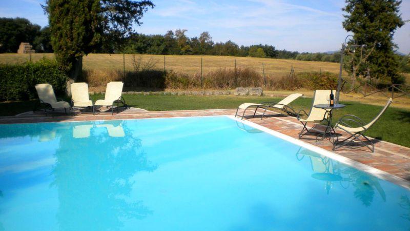 toscane wijnboerderij zwembad