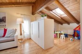 strutture-30Slaapkamer 4 met 4 slaapbanken en speelhoek