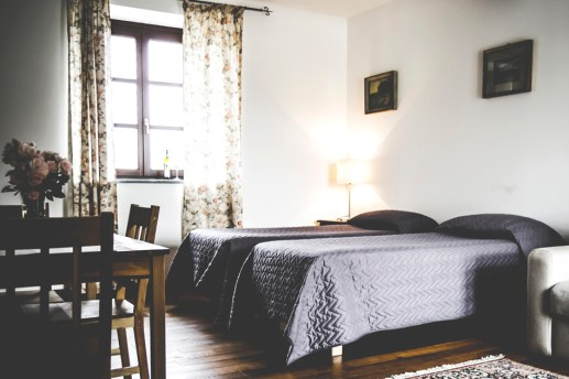 Slaapkamer 1 met twee 1-persoonsbedden