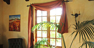 Tuscan Bedroom Window Treatments   Window Curtains   Drapes Tuscan Window Treatments