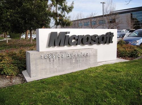 Microsoft SiliconValley 001 Microsoft: Windows 7 continua a crescere, chiuso terzo trimestre fiscale con un utile di 4 miliardi