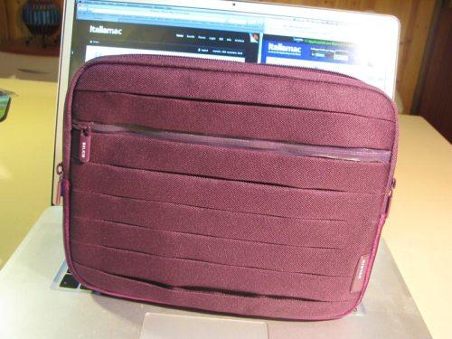 IMG 1484 500x375 Pleat Sleeve di Belkin: morbide pieghe per proteggere liPad